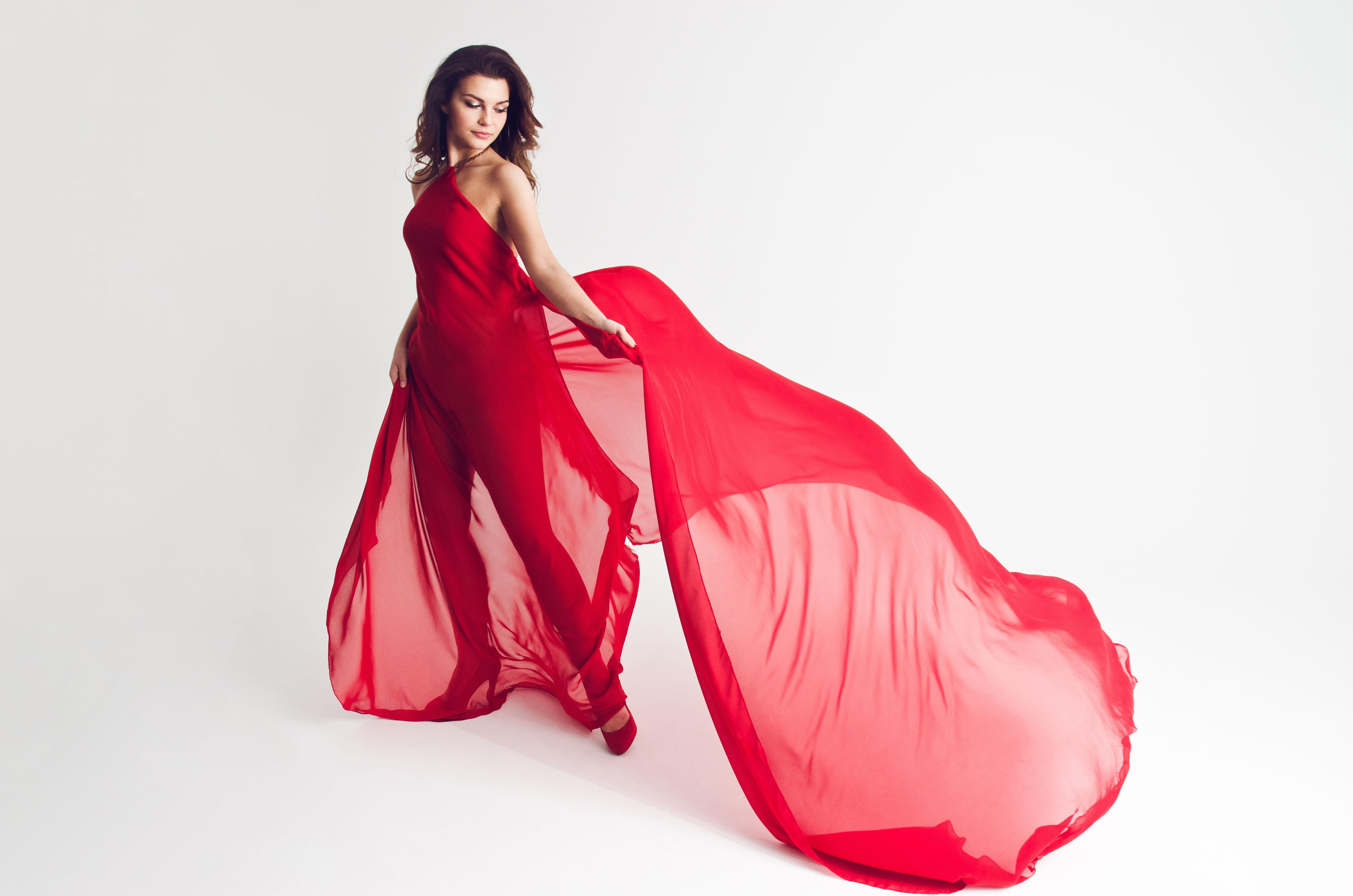 Jinbei MSN II, krótkie czasy błysku i czerwona sukienka